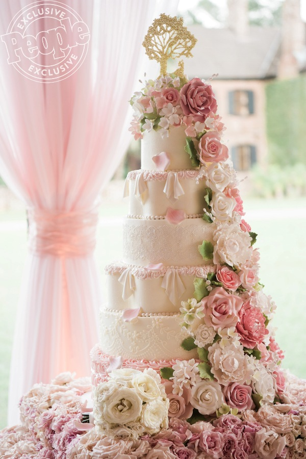 Source: People (The 6-layered wedding cake)
