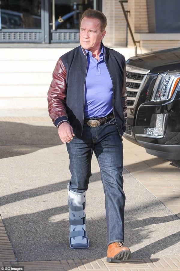 Meet The Austrian Oak Arnold Schwarzenegger And Catch