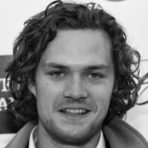 finn jones biography affair single ethnicity nationality salary net worth height. Black Bedroom Furniture Sets. Home Design Ideas
