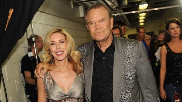 Source: Heavy.com (Kimberly Woolen and Glen Campbell)