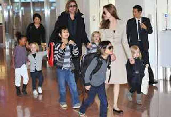 Source: Daily Mail (Angelina Jolie with her 6 kids)