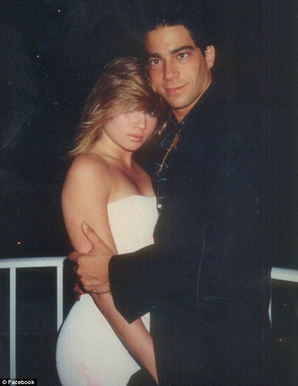 asesinato escapar variable  Is Nadine Caridi married after her divorce?? Learned to move on ...