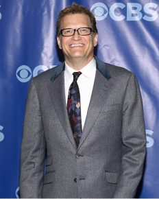 Drew Carey & Nicole Jaracz Calls Off their Engagement. Is break up due to another affair coming between them?