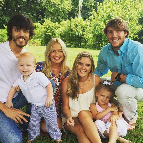 Kelly Lynn and Chris Janson family