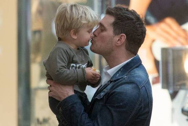 Source: Irish Independent (Michael Buble with his son Noah)