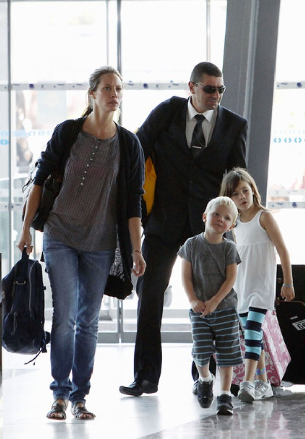 Source: Zimbio (Christy with her family)