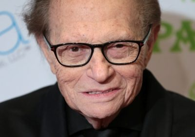 Larry king opens up about his July 2017 surgery for stage 1 lung cancer: Learn about his disease and how annual screening helped an early pickup of the cancer!