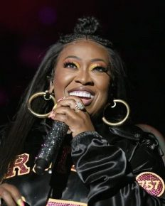 American singer Missy Elliott performs at Liberty Ross' birthday party! Know about Missy's three-year-long struggle with Grave's disease!