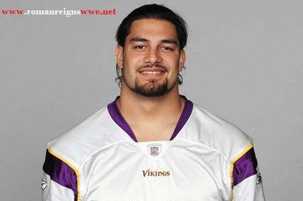 Source: Roman Reigns WWE (Roman Reigns football career)