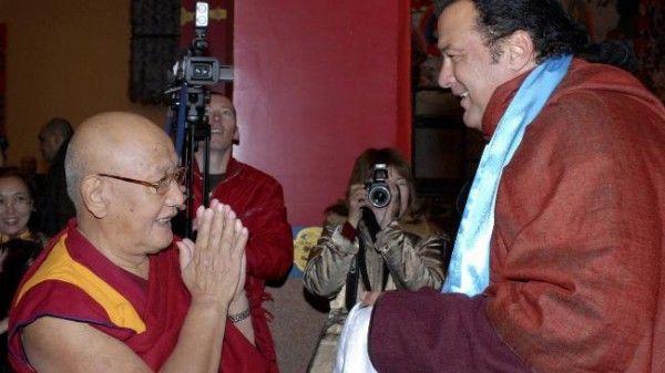 Source: dmitriyraevskiy.livejournal.com (Steven Seagal with a BUddhist preacher)