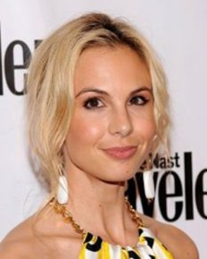 American TV host Elisabeth Hasselbeck's struggles with her celiac disease! Know how she self-diagnosed her autoimmune disease and conquered it with her gluten-free diet!