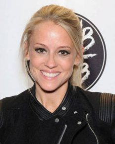 Nicole Curtis' glowing career! But her personal life is besot with failed marriage, divorce, and bitter custody battles!