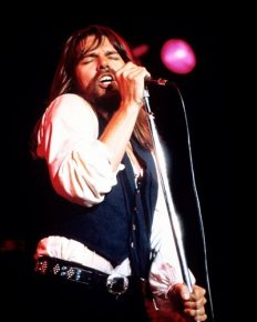 Greatest rock and roll talent of all time, Bob Seger's 2017 Runaway Train Tour gets postponed! Explore about him and his married life