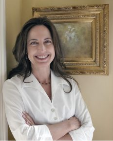 Internationally-acclaimed chef and author of multiple cookbooks, Debra Ponzek Dropped her education from science and numbers to pursue her career for passion for cooking!