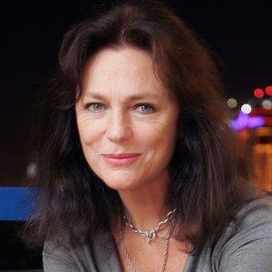 Kelli Hoffman