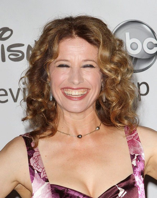 Source: Alchetron (Nancy Travis)