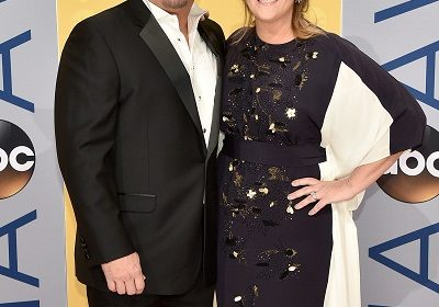 American singer, Trisha Yearwood and American singer-songwriter, Garth Brooks marriage is more than Eleven years and are Living happily together with Garth's three daughter!