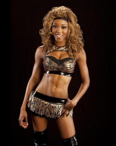Alicia Fox s Profile