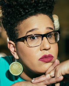The highly talented vocalist and guitarist of Alabama Shakes, Brittany Howard! Know about her difficult childhood, glorious career, and her left eye retinoblastoma and vision loss!