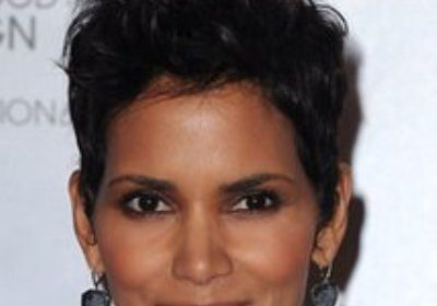 New Love! Halle Berry flaunts her new boyfriend! Know about her previous relationships, marriages, and diabetes mellitus type 1!