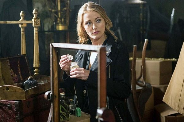 Source: TV Guide (Louise Lombard)