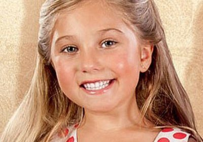 British pop singer Rosie McClelland: Her wonderful pairing with her cousin Sophia Grace, her individual career, and her family!
