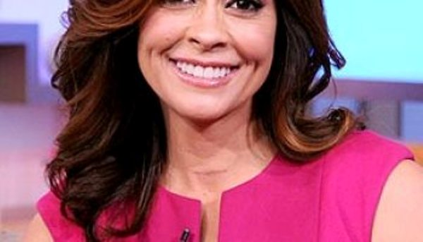 """Source"""" eCanada now (Brooke Burke reveals her 1-inch scar at the base of her neck)"""