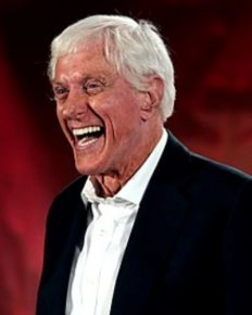 What was the reason of Dick Van Dyke's headache in lying down position? Know about his health problem due to cosmetic dentistry!