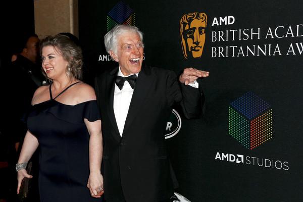 ... Dick Van Dyke & Arlene Silver – 46 yrs difference Cary Grant & Barbara  Harris – 47yrs difference Tony Randall & Heather Harlan – 51 yrs difference  Hugh ...