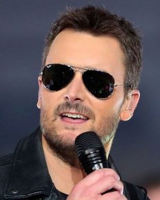 Eric Church soulfully started CMA Awards along with his new song 'Chattanooga Lucy'!! Is he making a comeback? Also know more about his relationship and career!!