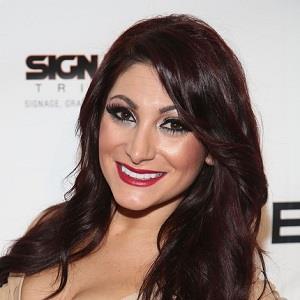 Deena Nicole Cortese Biography Affair Married Husband Ethnicity
