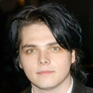 gerard way biography affair married wife ethnicity nationality