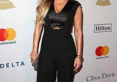 80s Pop Diva, Taylor Dayne is still as great singer as she used to be 30 years back but she didn't have an easy way to the success! Know about her hardships as she was climbing her ladder of success