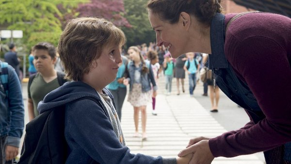 Source: The Hollywood Reporter (Julia Roberts with Jacob Tremblay in Wonder)