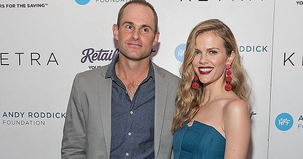 Source: Us Weekly (Andy Roddick and Brooklyn Decker)