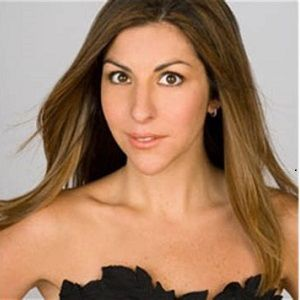 Noelle Watters Biography - Affair, Married, Husband, Nationality