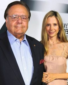 Mira Sorvino Flaunts Her Love To Her Father Paul Sorvino After His Comment To  Harvey Weinstein For Blacklisting His Daughter Mira