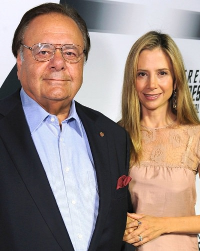 Mira Sorvino Flaunts Her Love To Father Paul After His Comment Harvey Weinstein For Blacklisting Daughter