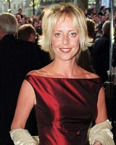 The Vicar of Dibley star and British Comedy Award winner, Emma Chambers died aged 53 from natural causes. Also know about her relationship