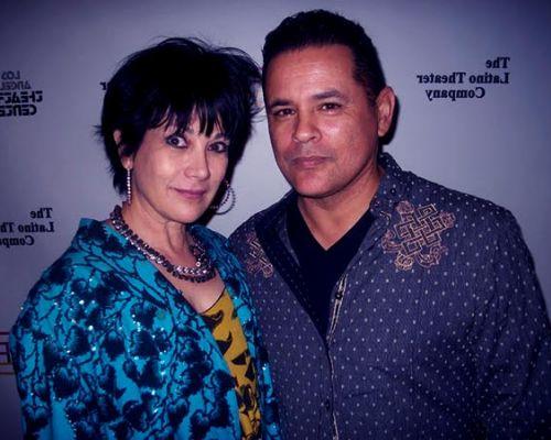 Raymond Cruz z czarujący, Żona Simi Mehta