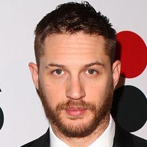 Tom hardy eye colour