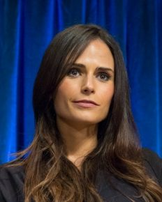 Jordana Brewster and her healthy lifestyle tips! Learn it here!