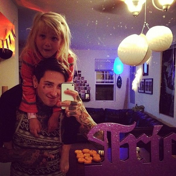 suicide silence vocalist mitch luker�s birth family