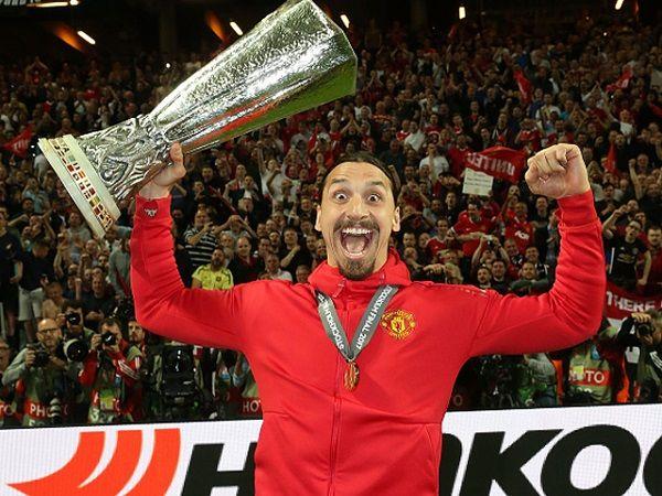 Zlatan Ibrahimovic winning Europa League