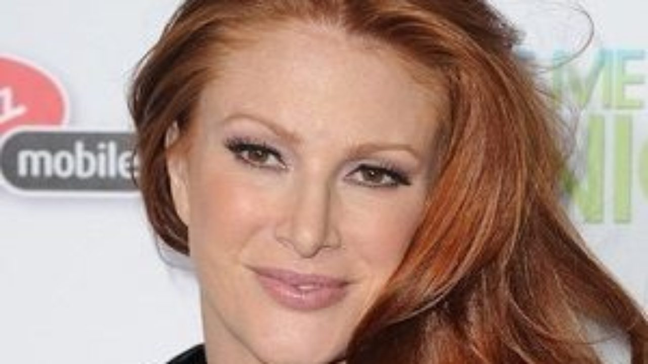 Angie Everhart Hot Sex angie everhart biography - affair, married, husband