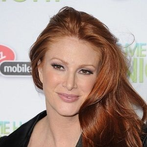 Angie Everhart sports illustrated
