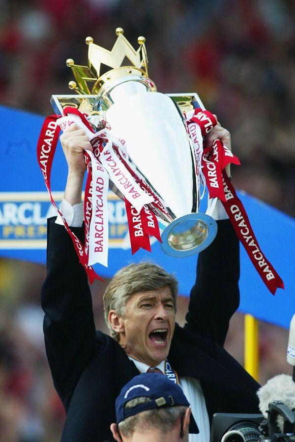 Arsene Wenger winning his first Premier League title