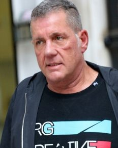 TV presenter Dale Winton is no more! Tributes pour in! Know about his prolonged struggle with depression!