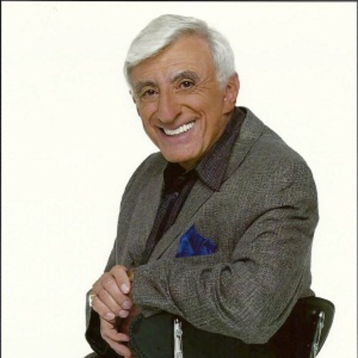 Jamie Farr Biography - Affair, Married, Wife, Ethnicity ...