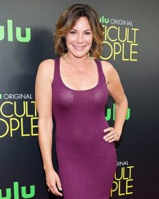 """Don't touch me! I will kill you.""-Luann to the police in the outrageous arrest video December 2017!"